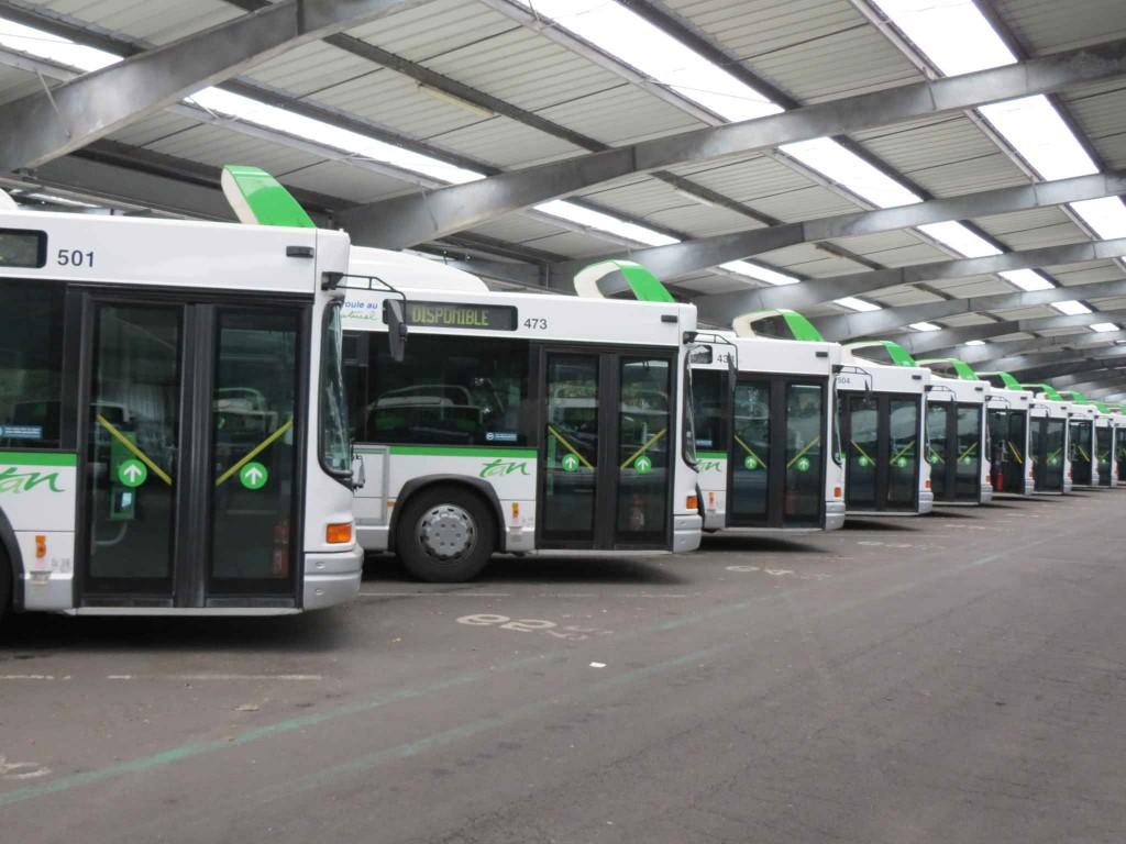 2048x1536-fit_tous-bus-restent-garage-depuis-jeudi-matin-comme-depot-trentemoult